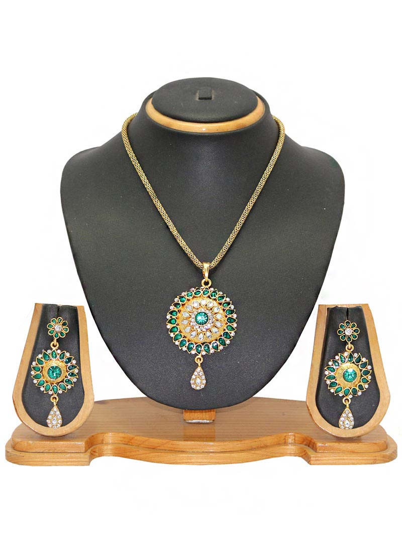 Green Alloy Austrian Diamonds Necklace With Earrings 65959