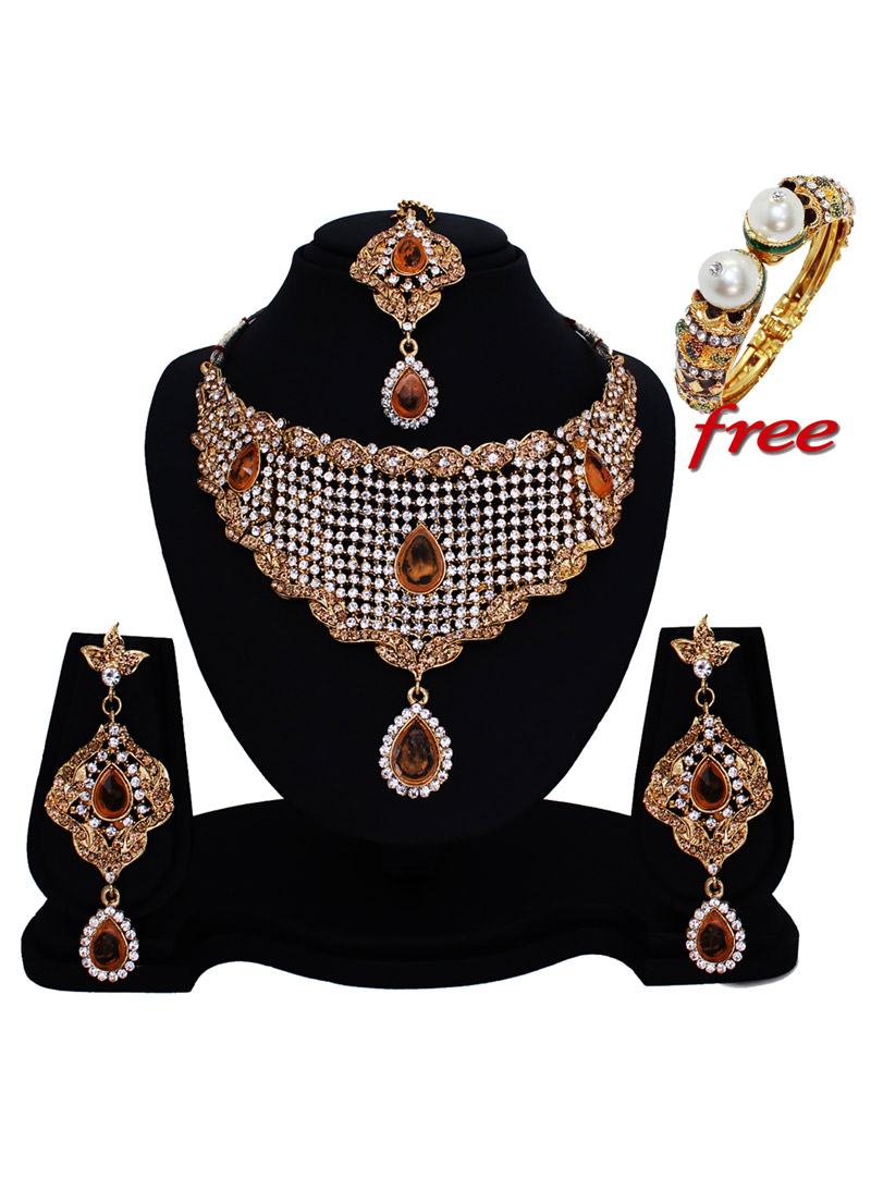 Brown Alloy Austrian Diamonds Heavy Set With Free Alloy Designer Kada 89146