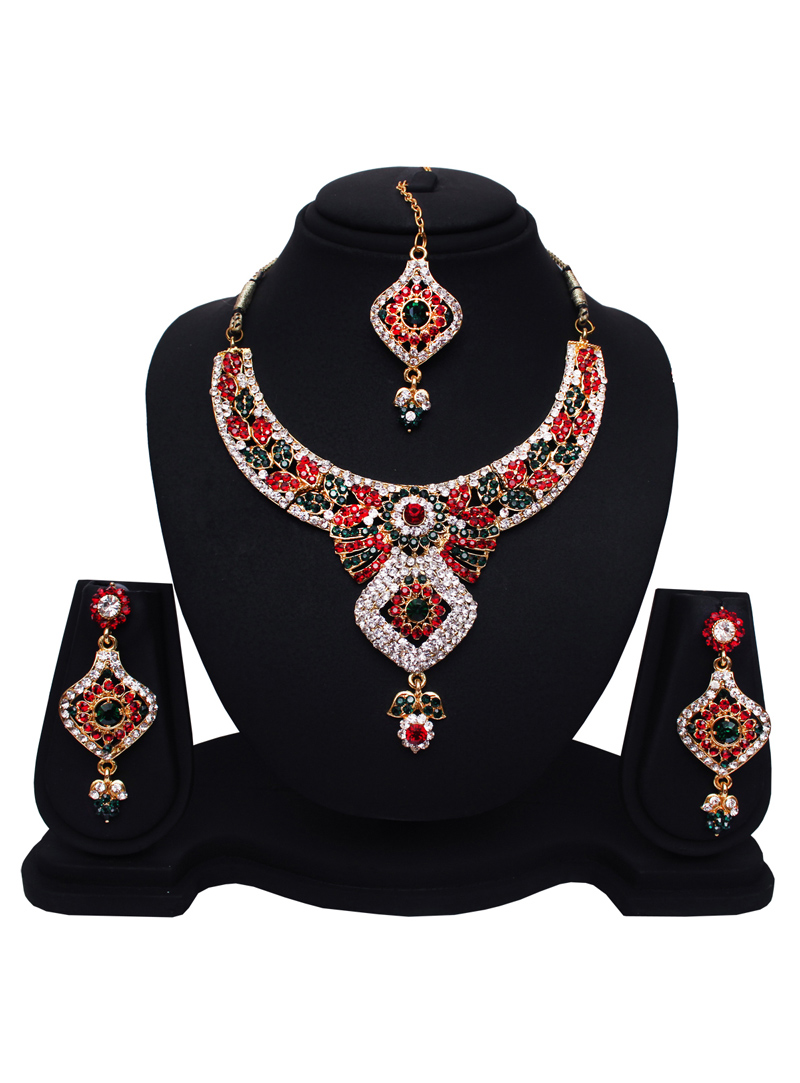 Maroon Alloy Austrian Diamonds Light Set with Earring and Mang Tikka 89179