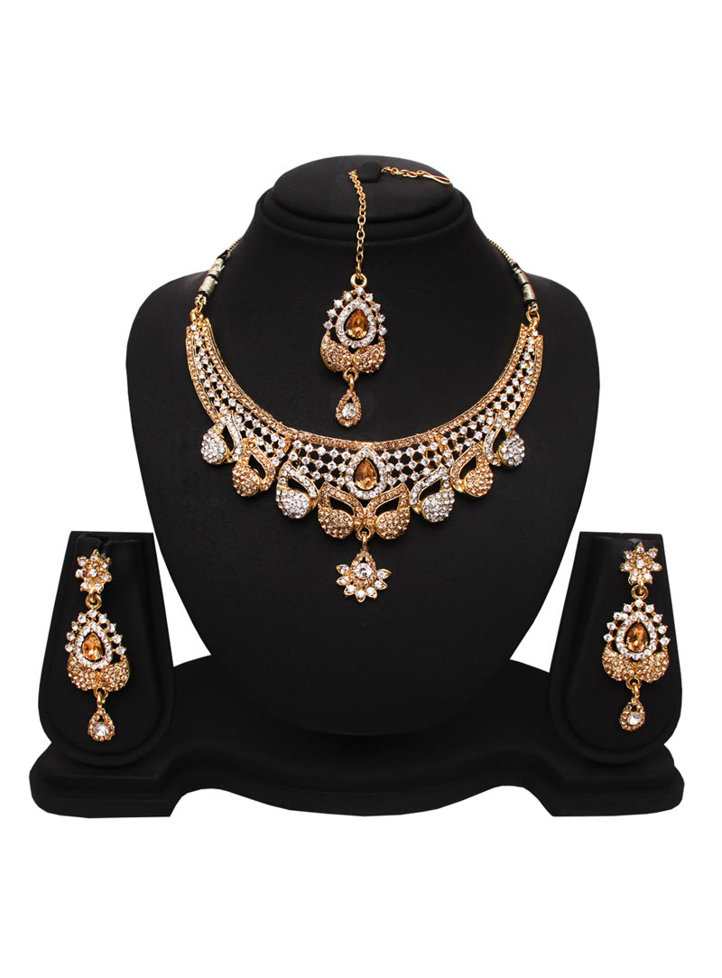 Golden Alloy Austrian Diamonds Necklace With Earrings and Maang Tikka 89184