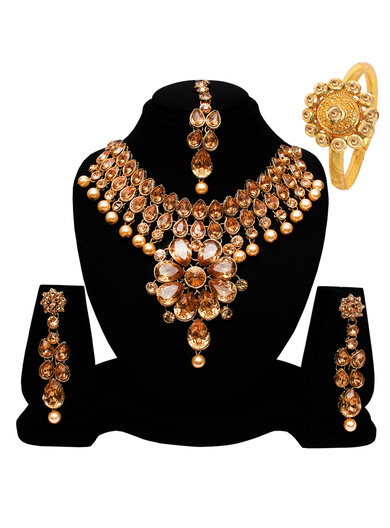 Golden Alloy Austrian Diamond Set With Earrings and Maang Tikka 128543