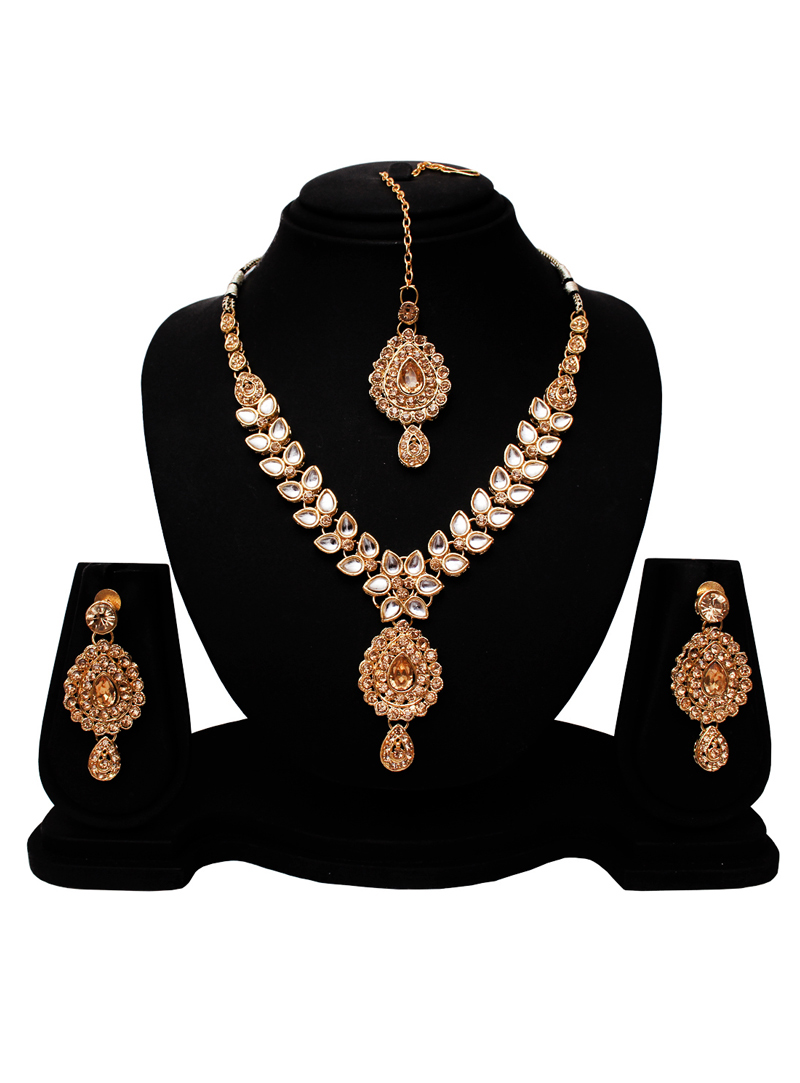 Golden Alloy Austrian Diamond Set With Earrings and Maang Tikka 128547