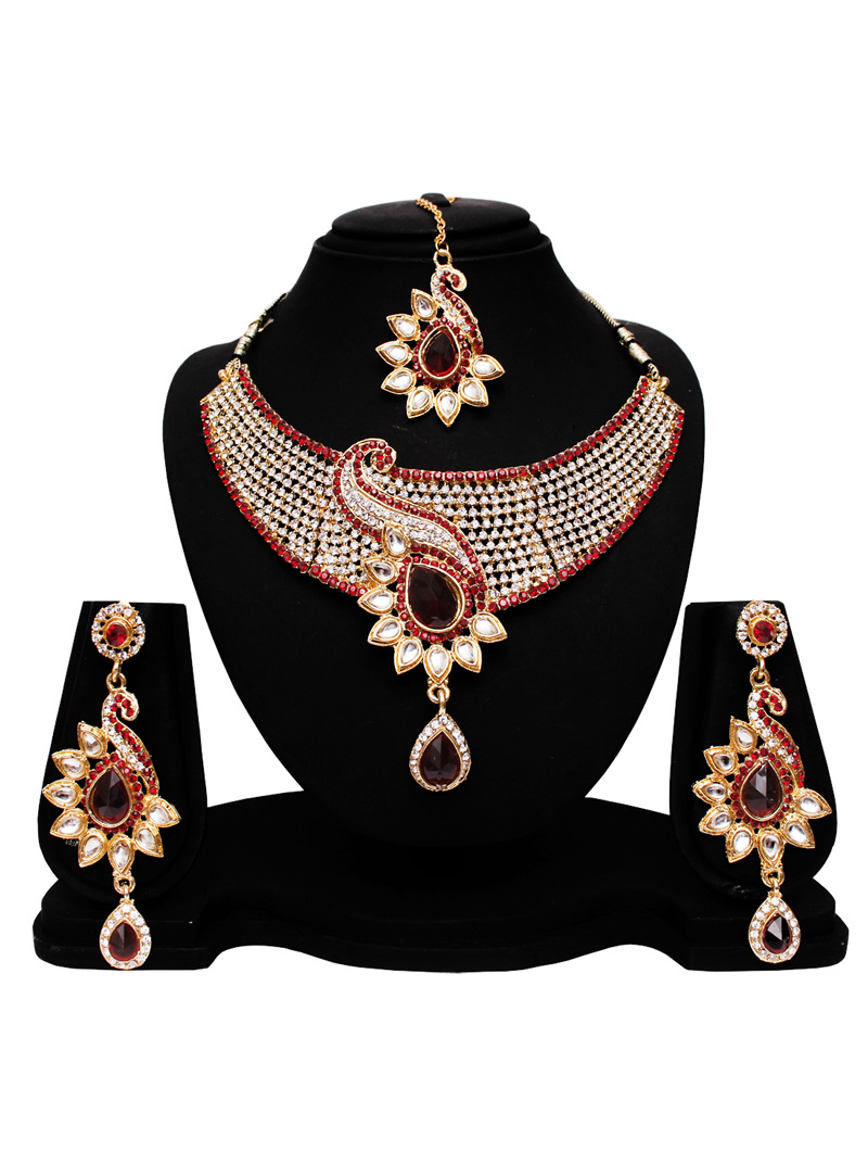 Red Alloy Austrian Diamond Set With Earrings and Maang Tikka 128564