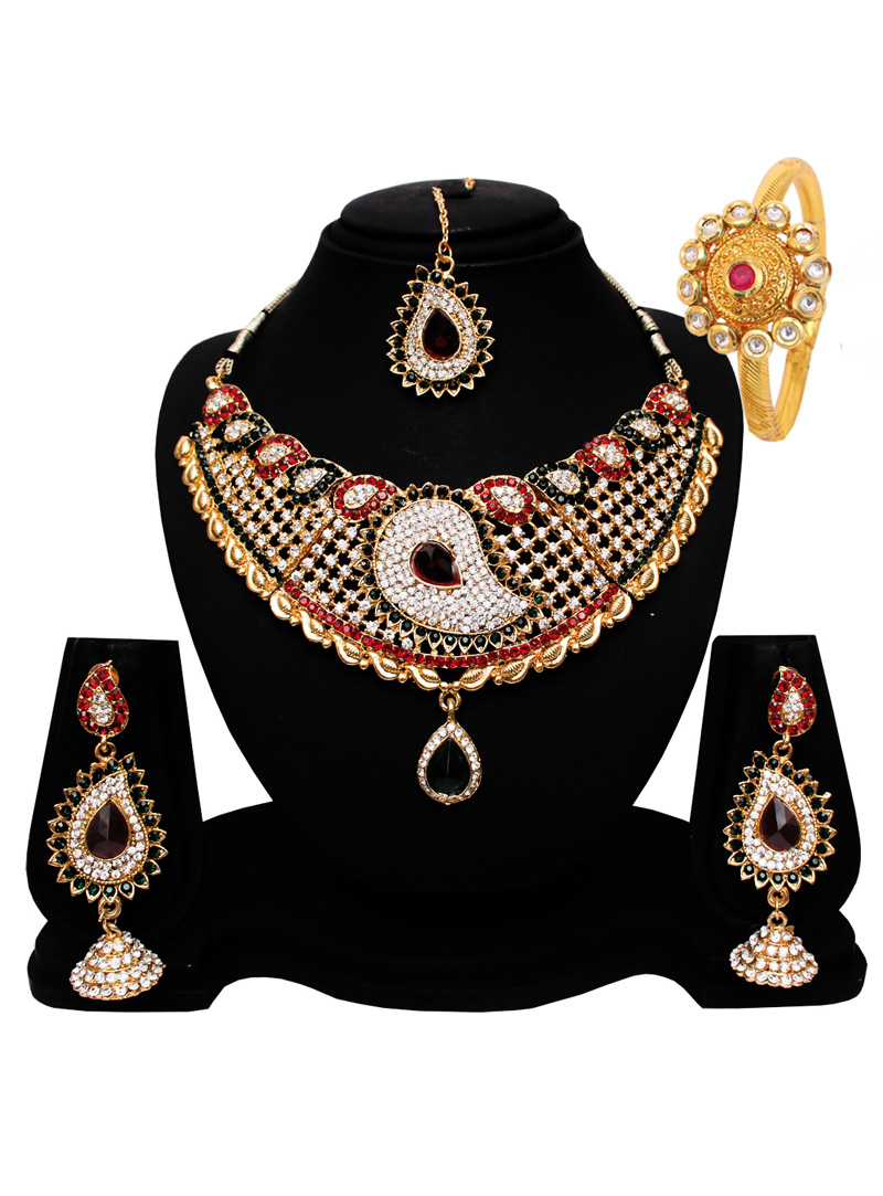 Red Alloy Austrian Diamond Set With Earrings and Maang Tikka 128568