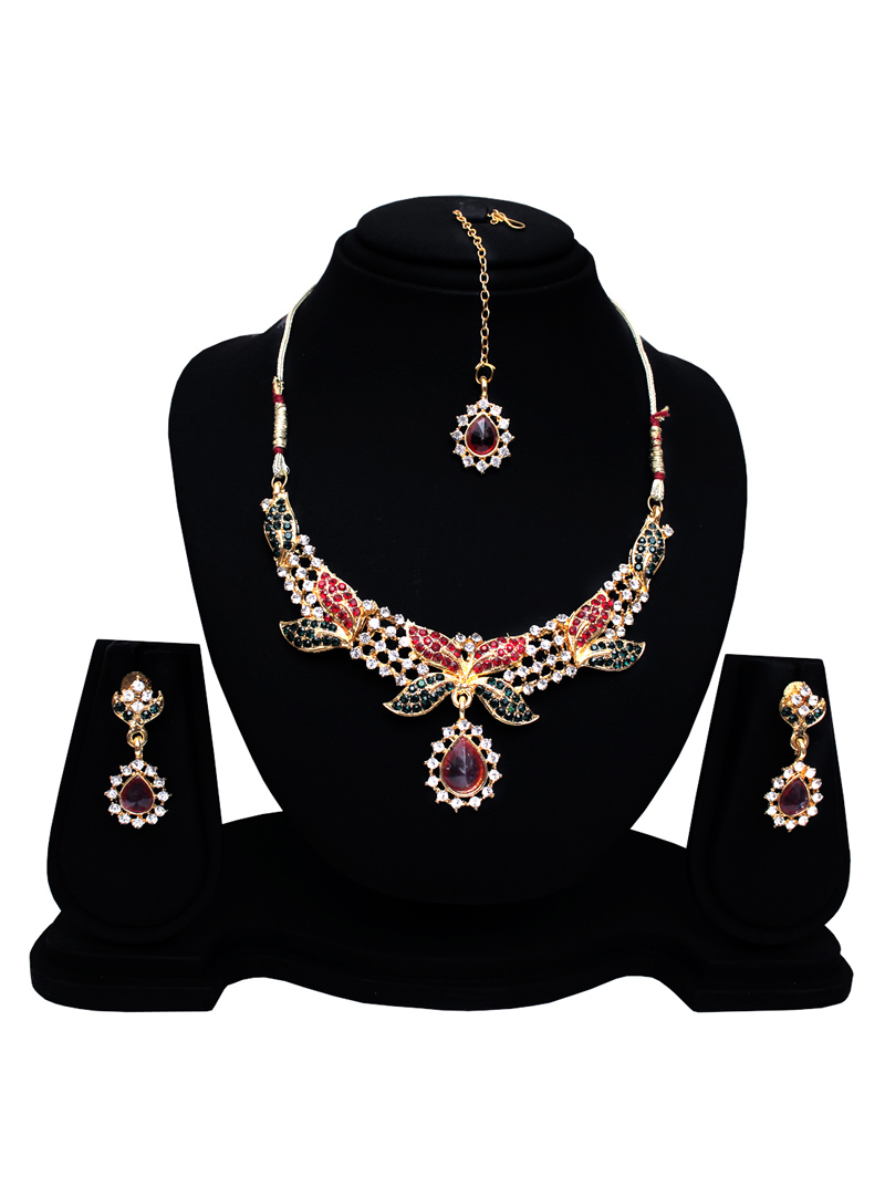 Red Alloy Austrian Diamond Set With Earrings and Maang Tikka 128575