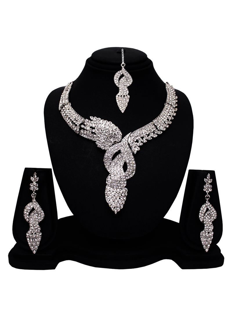 Silver Alloy American Diamond Set With Earrings and Maang Tikka 128580