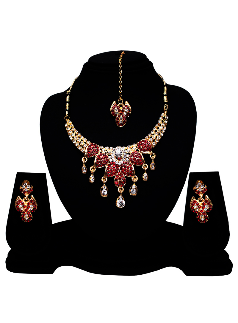 Maroon Alloy Austrian Diamond Set With Earrings and Maang Tikka 128581