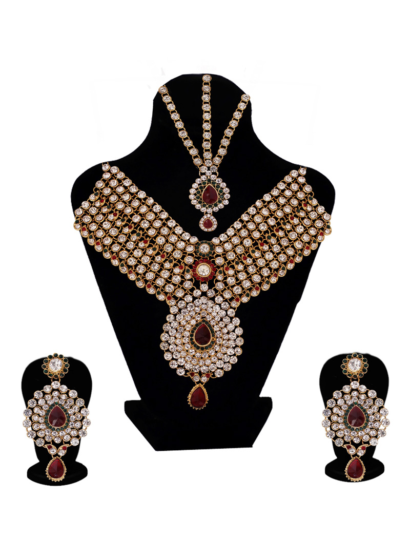 Silver Alloy Austrian Diamond Set With Earrings and Maang Tikka 128619