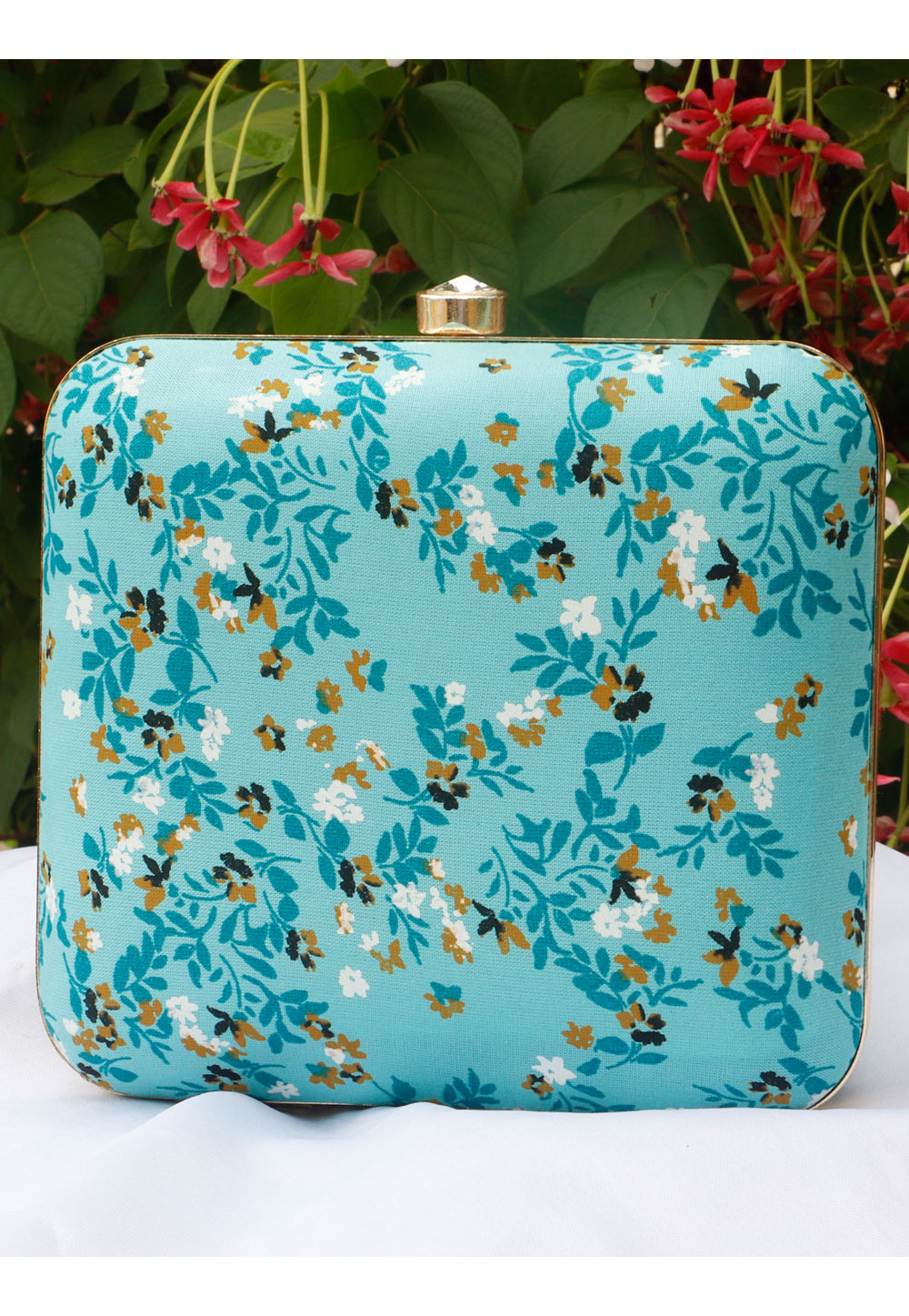 Sky Blue Synthetic Printed Clutch 225680