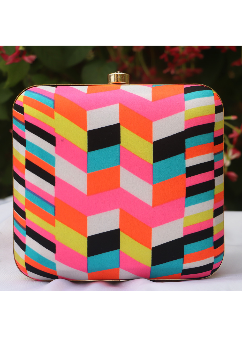 Pink Synthetic Printed Clutch 225683