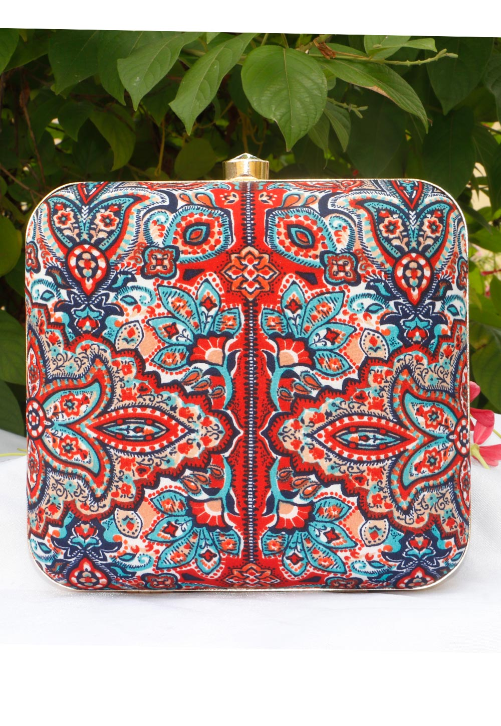 Red Synthetic Printed Clutch 225691