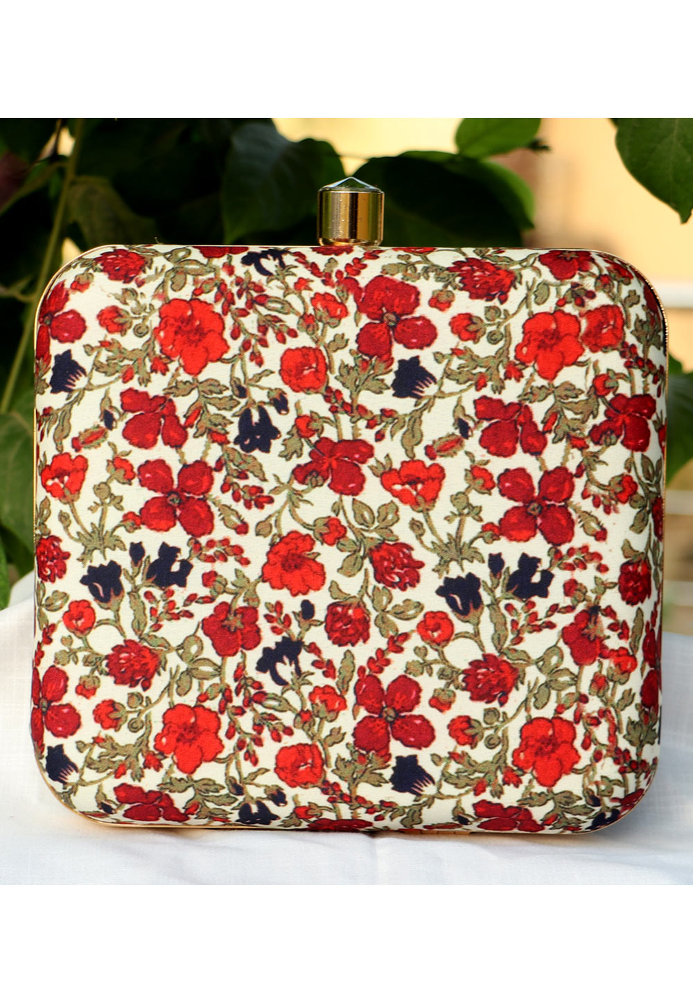 Beige Synthetic Printed Clutch 225695