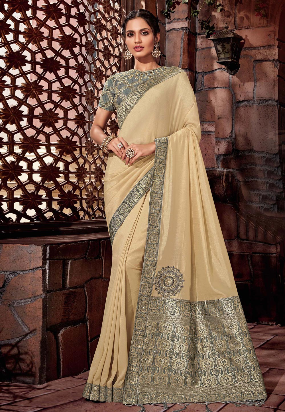 Beige Silk Saree With Blouse 179148