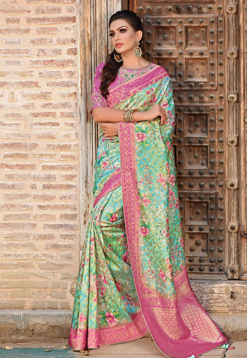 Green Jacquard Saree With Blouse 192071