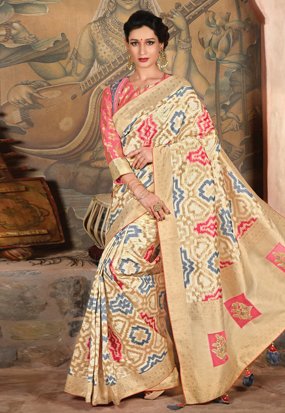 Beige Silk Saree With Blouse 192073