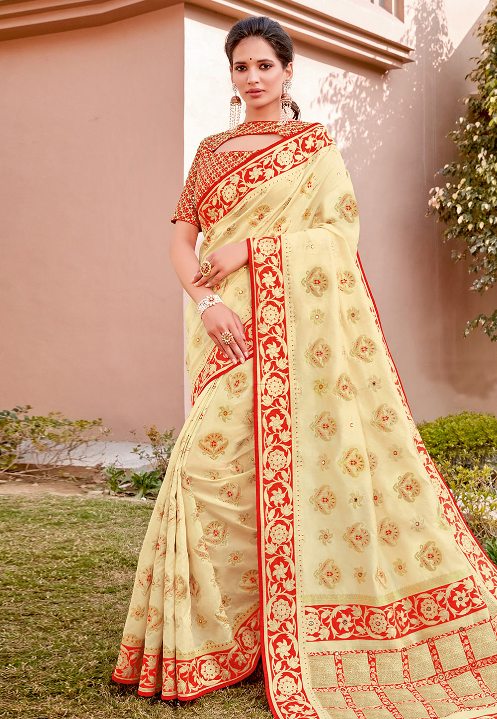 Cream Silk Saree With Blouse 203190