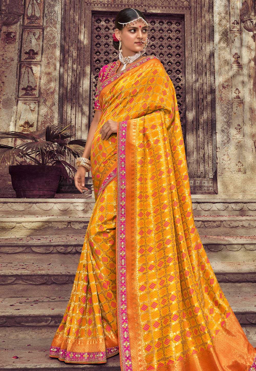 Yellow Silk Saree With Blouse 189681