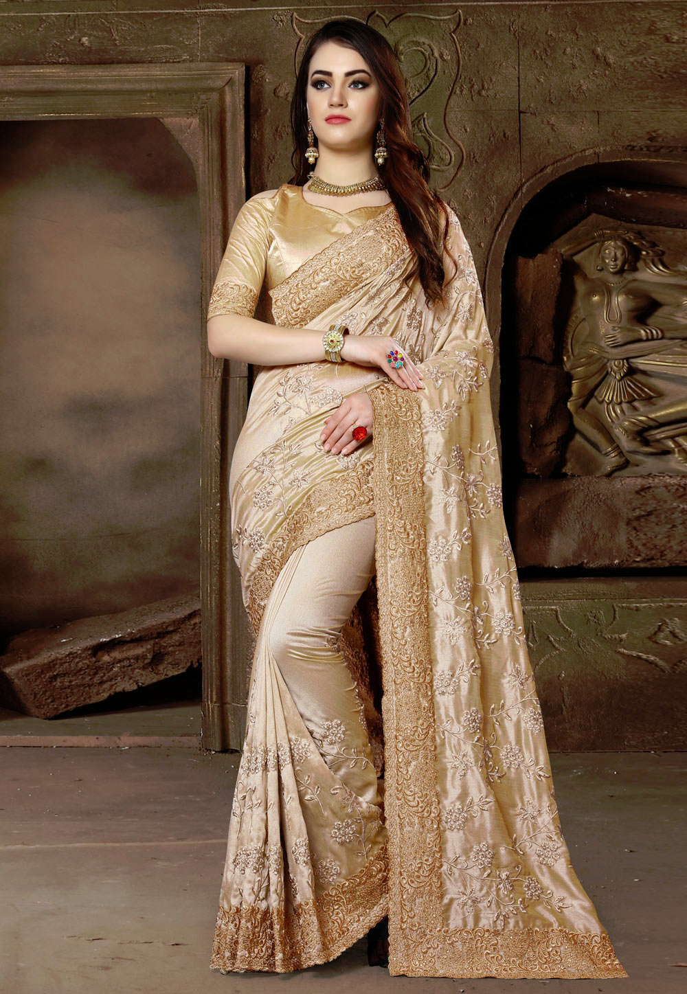 Beige Silk Saree With Blouse 163133