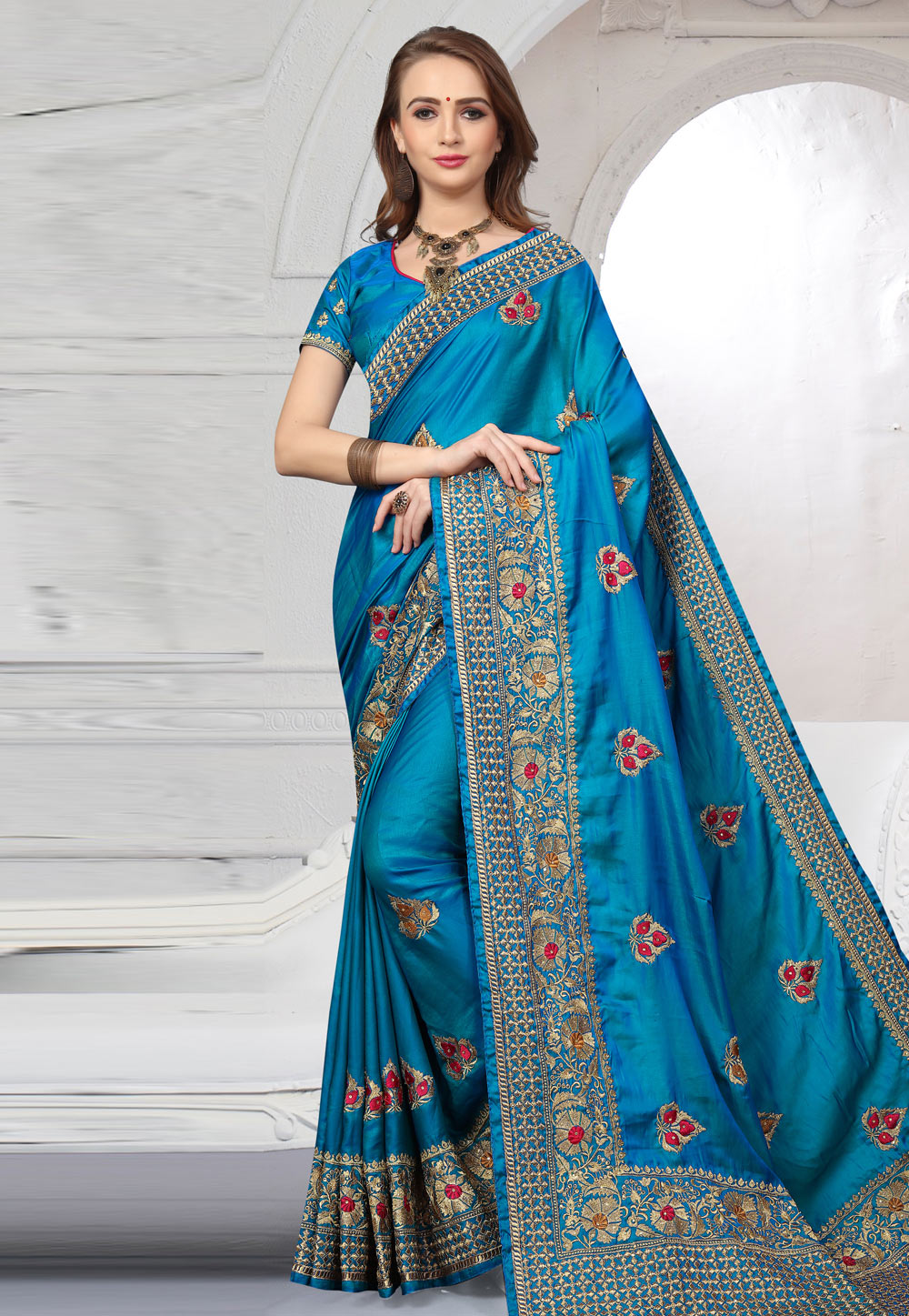 Blue Silk Embroidered Saree With Blouse 166358