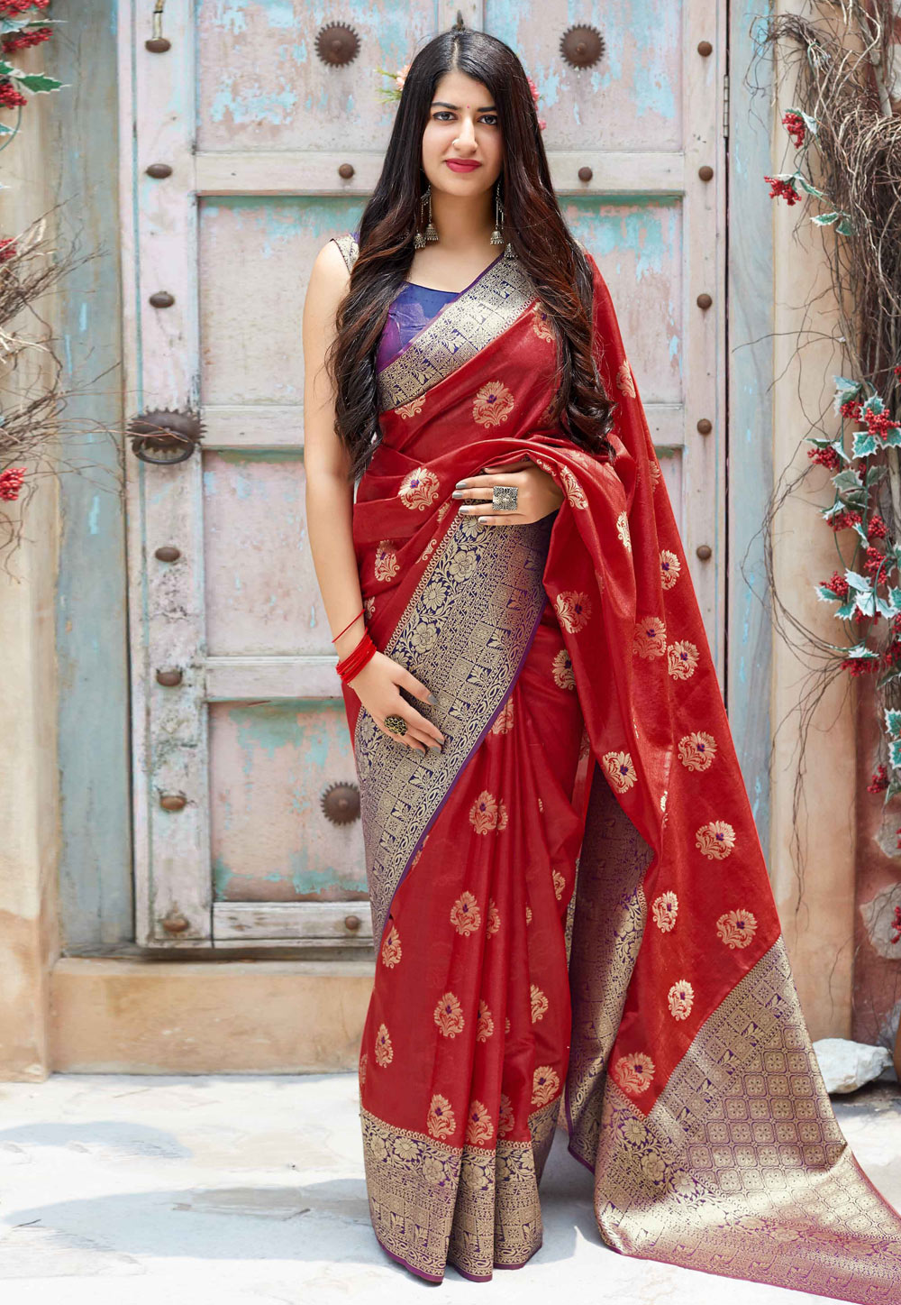 Red Banarasi Silk Saree With Blouse 184105