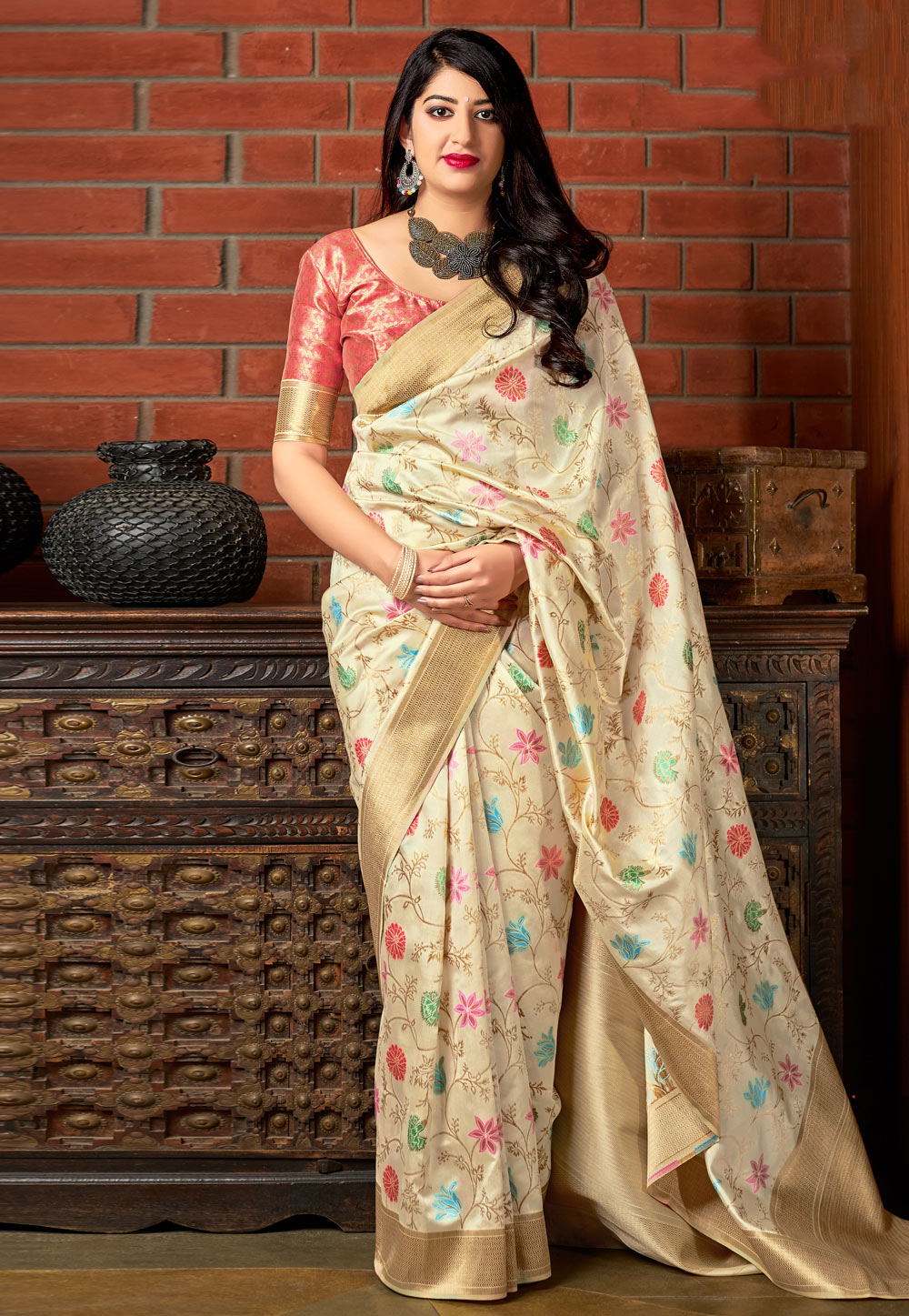 Beige Banarasi Silk Saree With Blouse 186873
