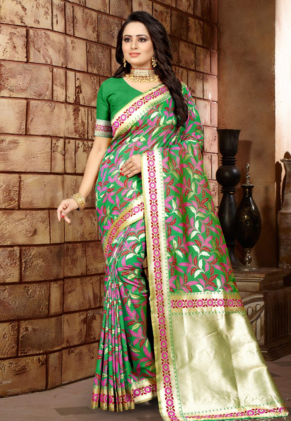 Green Banarasi Silk Saree With Blouse 203496