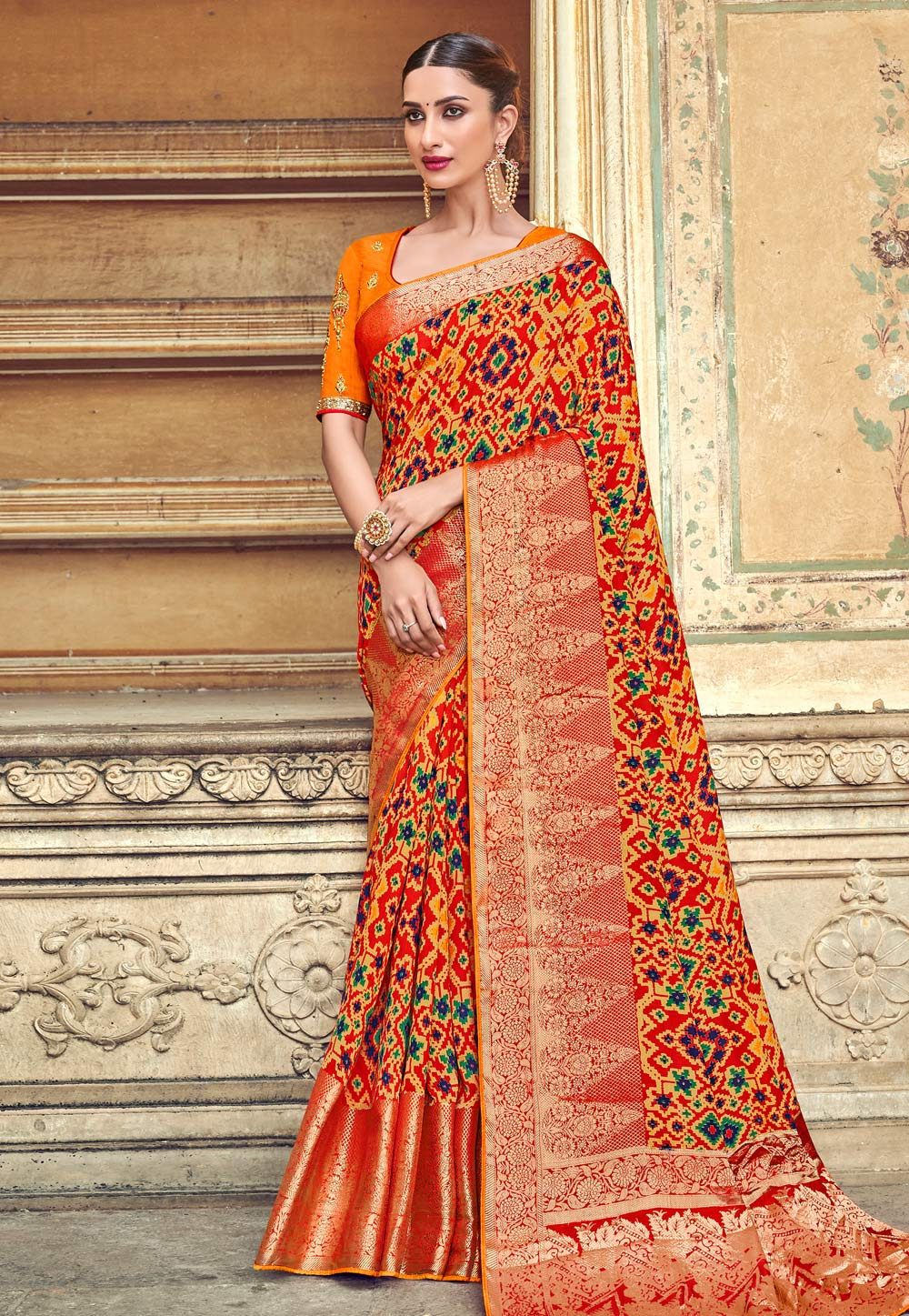 Red Banarasi Silk Saree With Blouse 187200
