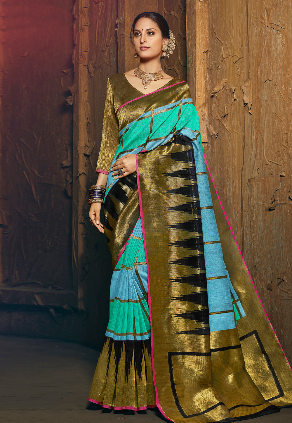 Golden Silk Festival Wear Saree 195232