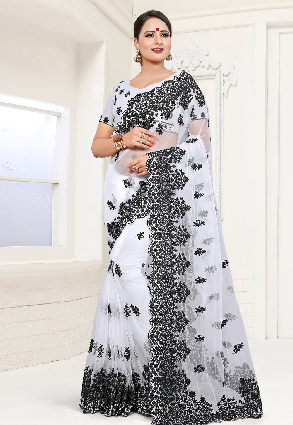 White Net Saree With Blouse 186025
