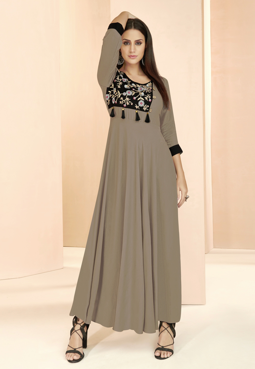 Grey Rayon Readymade Gown 177666