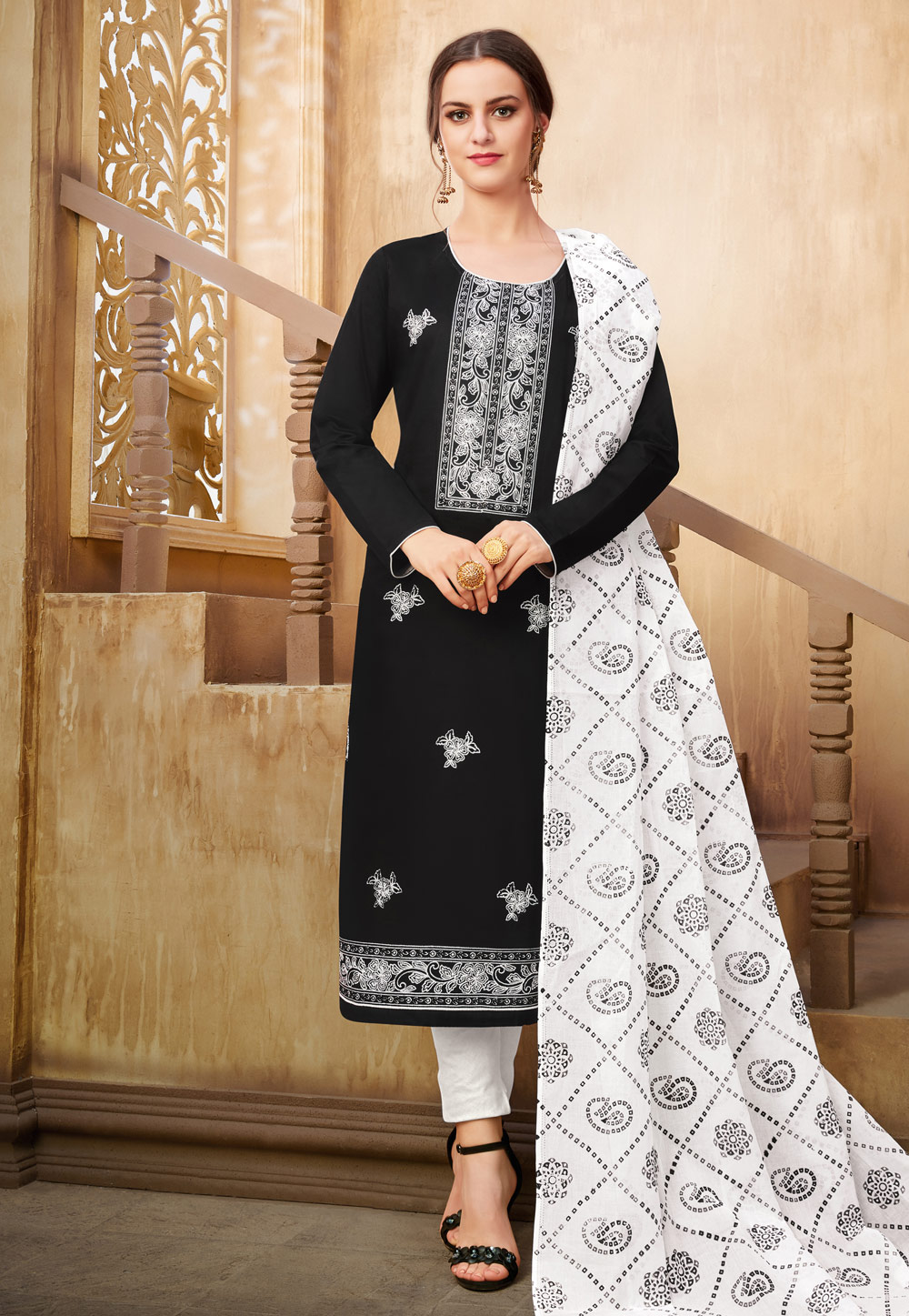 Black Silk Kameez With Pant 182632