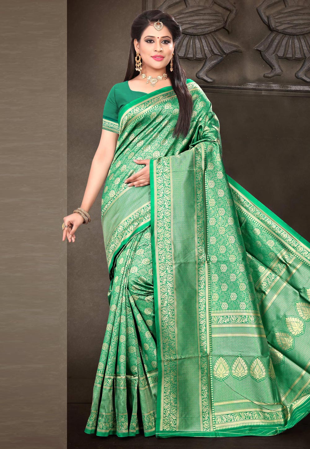 Green Banarasi Silk Saree With Blouse 170297