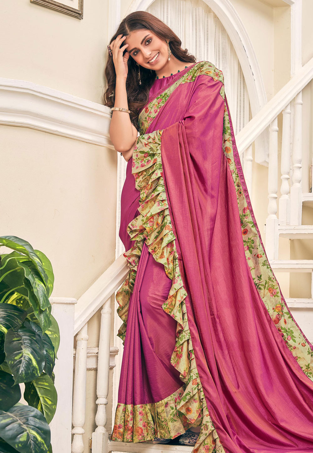 Pink Silk Ruffle Border Saree With Blouse 187000