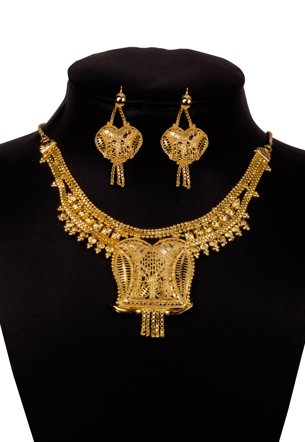 Golden Alloy Kundan Necklace With Earrings 156252