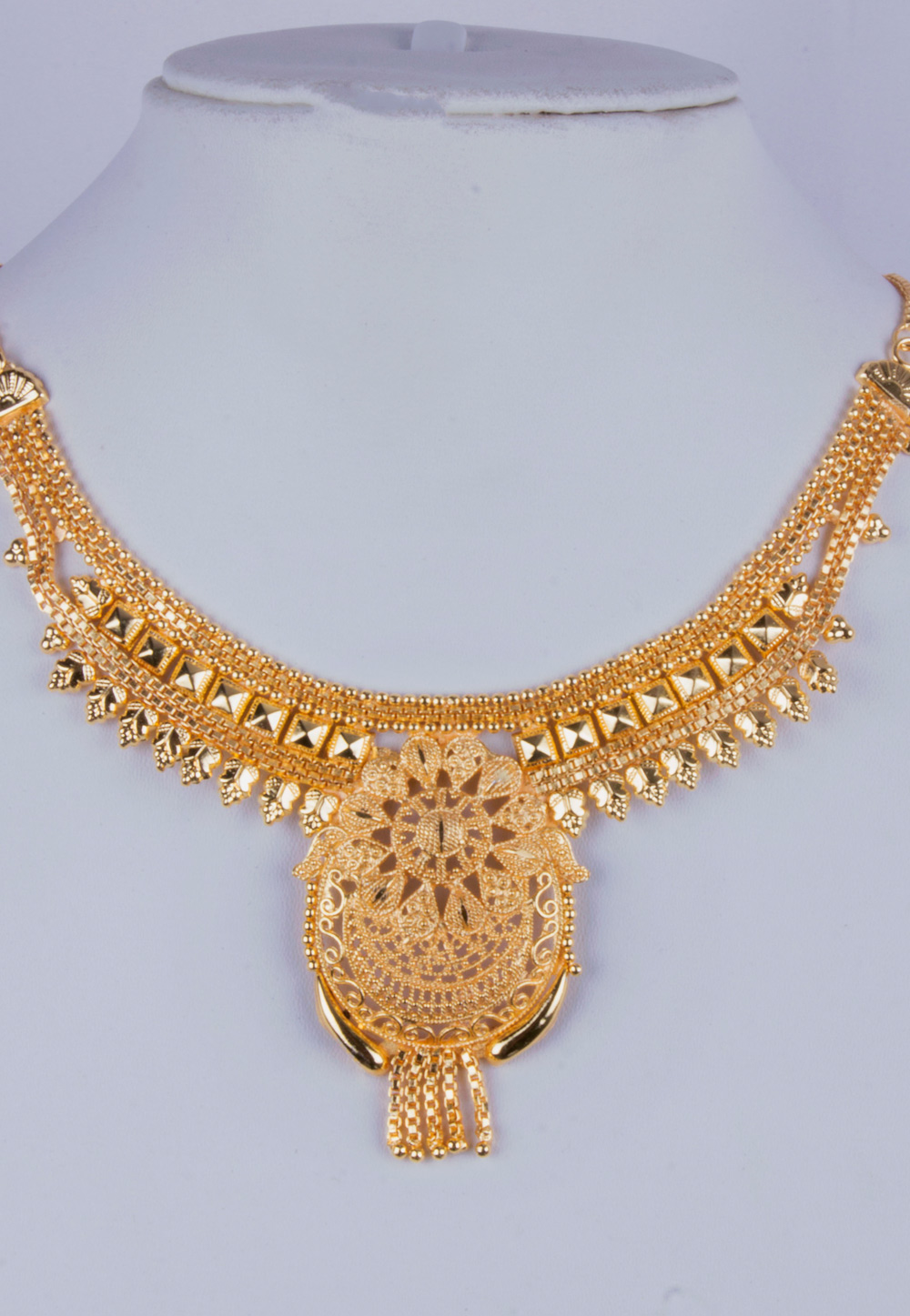Golden Alloy Necklace With Earrings 157112