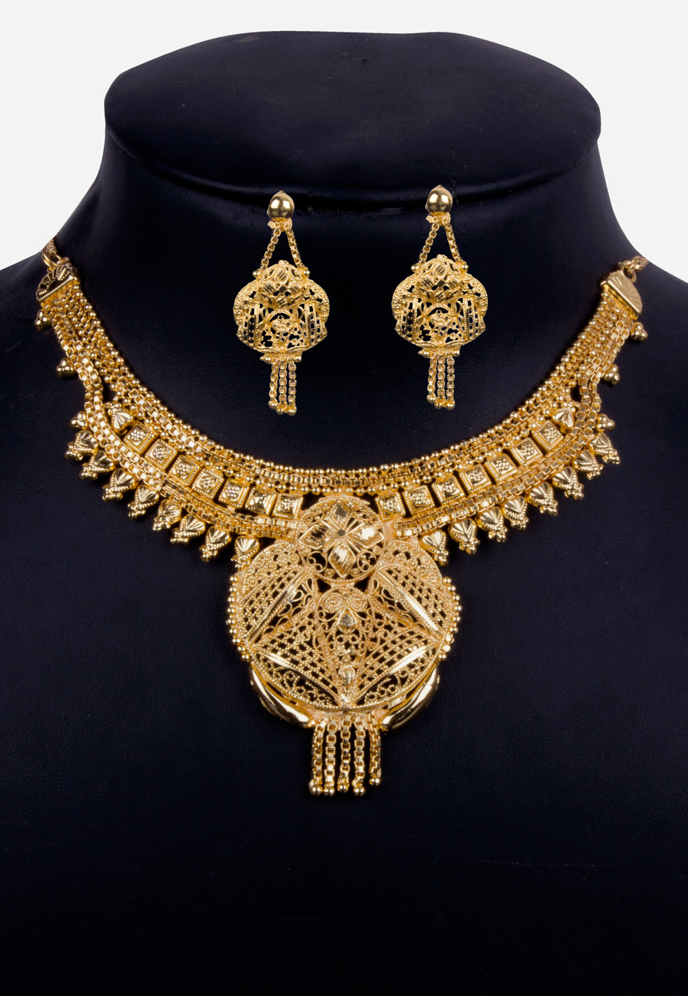 Golden Alloy Necklace With Earrings 157114