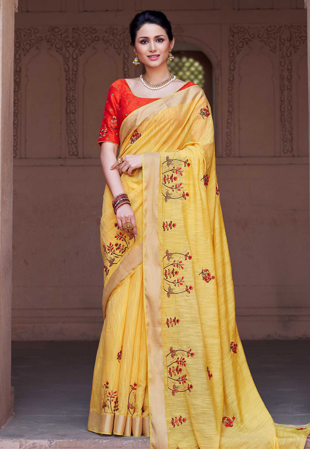 Yellow Viscose Saree With Blouse 157189