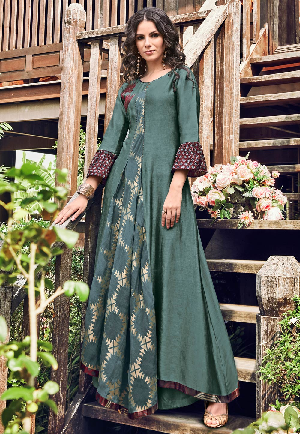 Grey Jacquard Readymade Gown 180572