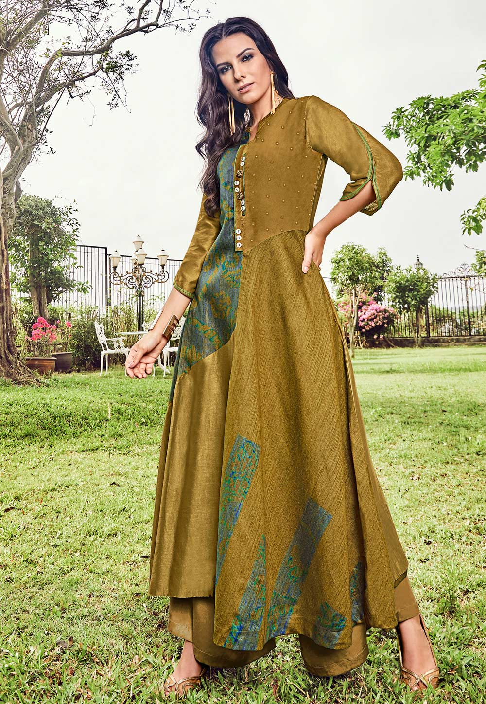 Golden Jacquard Readymade Gown 180576