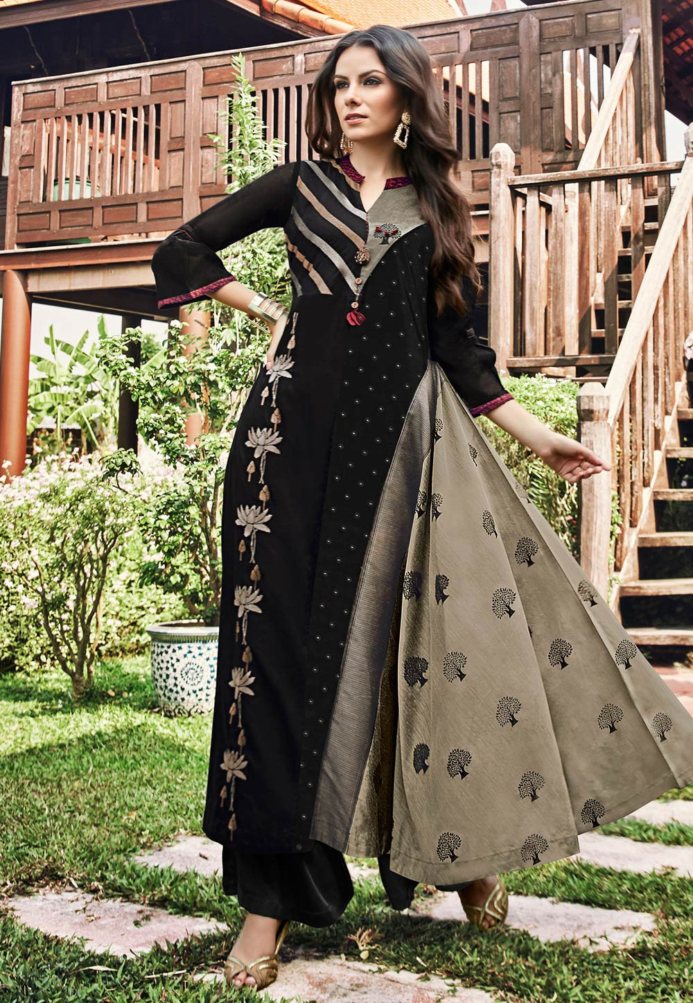 Black Jacquard Readymade Gown 180577