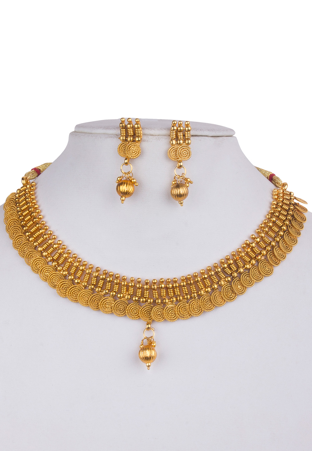 Golden Alloy Kundan Necklace With Earrings 156257