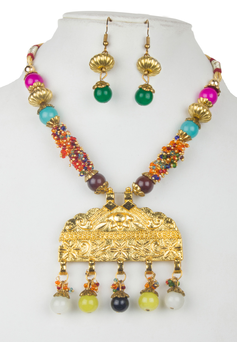 Multicolor Alloy Kundan Necklace With Earrings 156259
