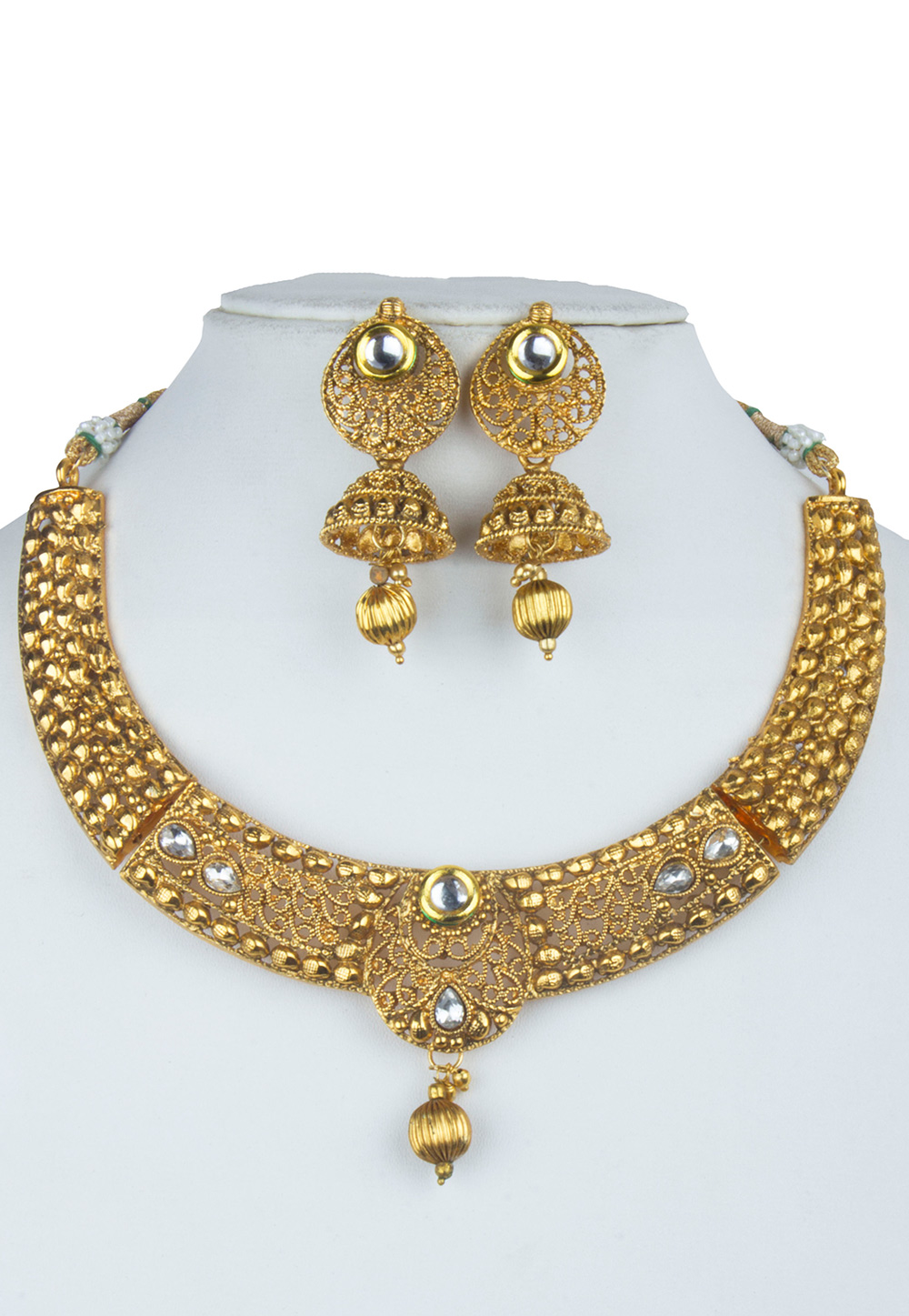 Golden Alloy Kundan Necklace With Earrings 156267