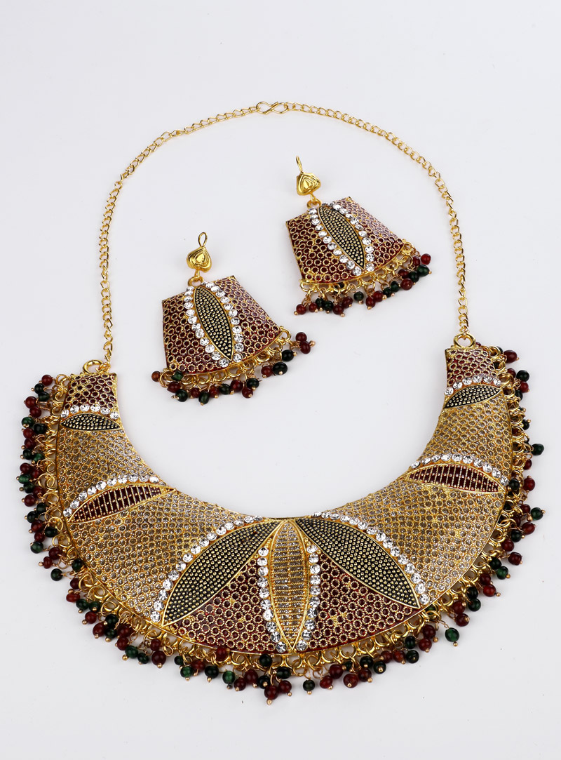 Green Brass Necklace With Earrings 153164