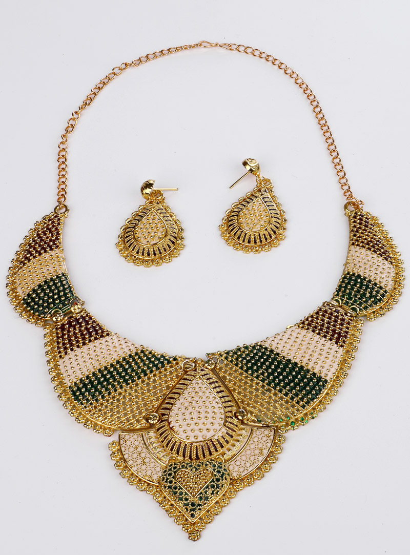 Green Brass Necklace With Earrings 153165