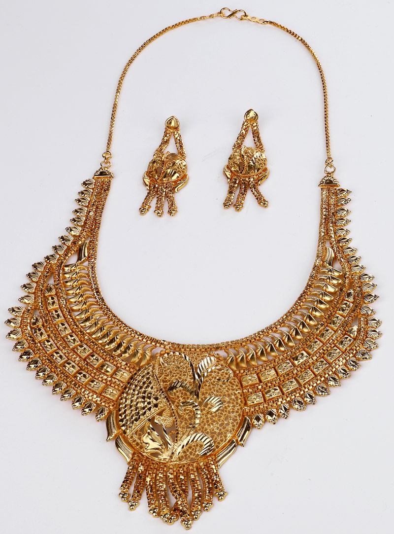 Golden Brass Necklace With Earrings 153166
