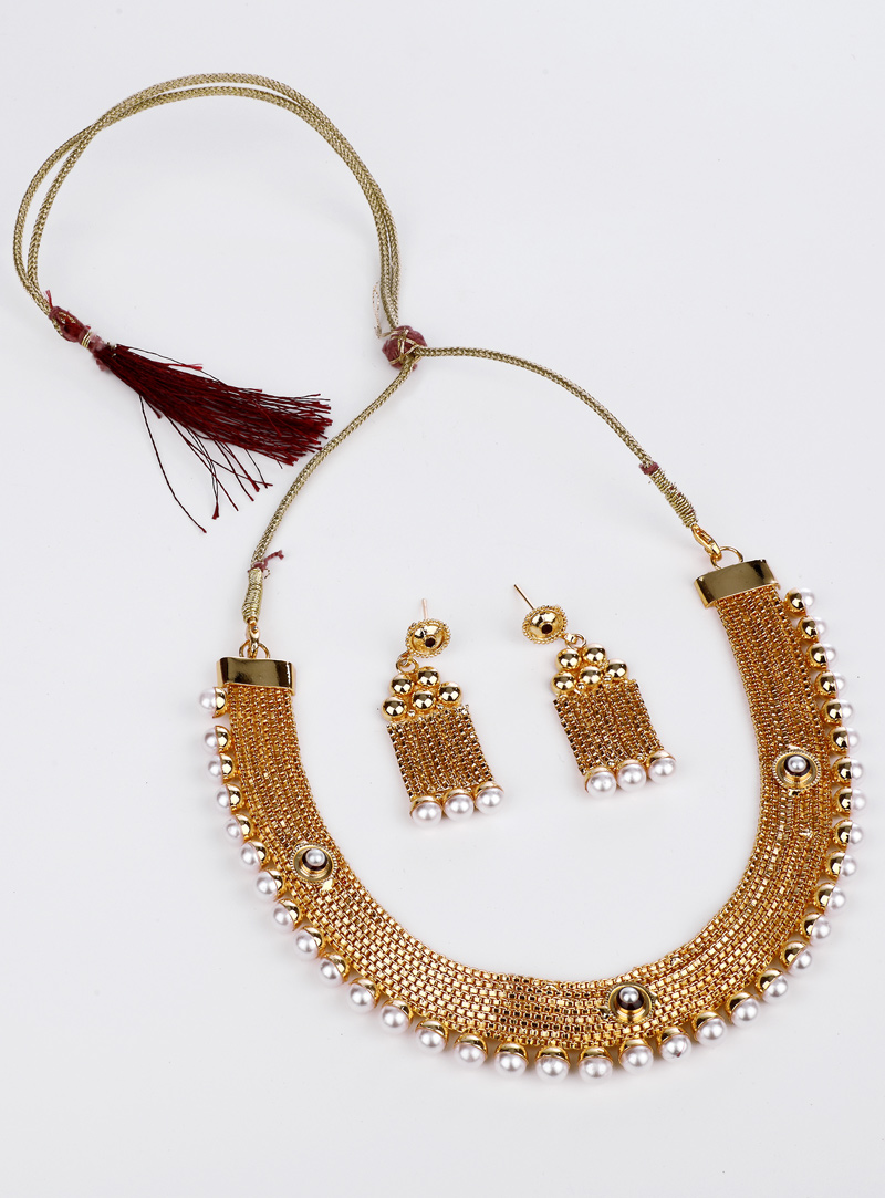 Golden Brass Necklace With Earrings 153168
