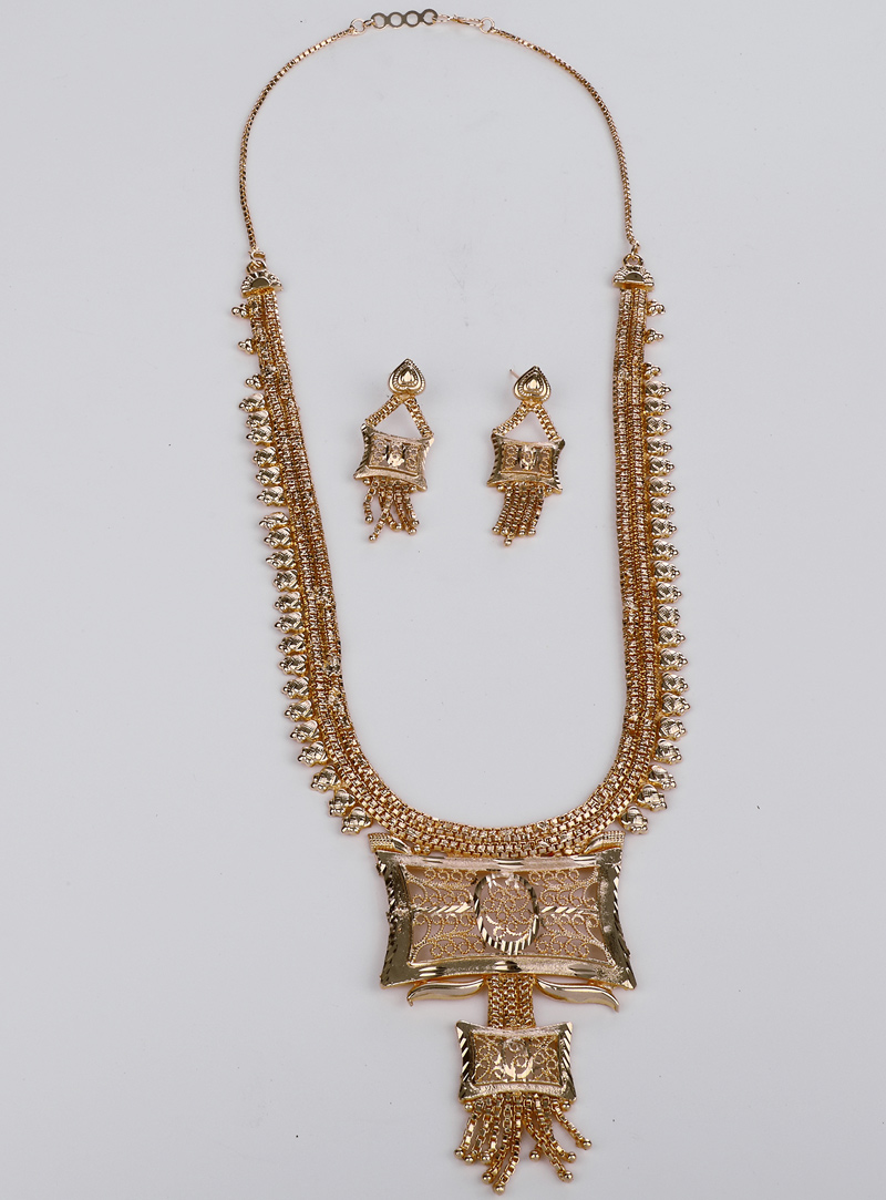 Golden Brass Necklace With Earrings 153173