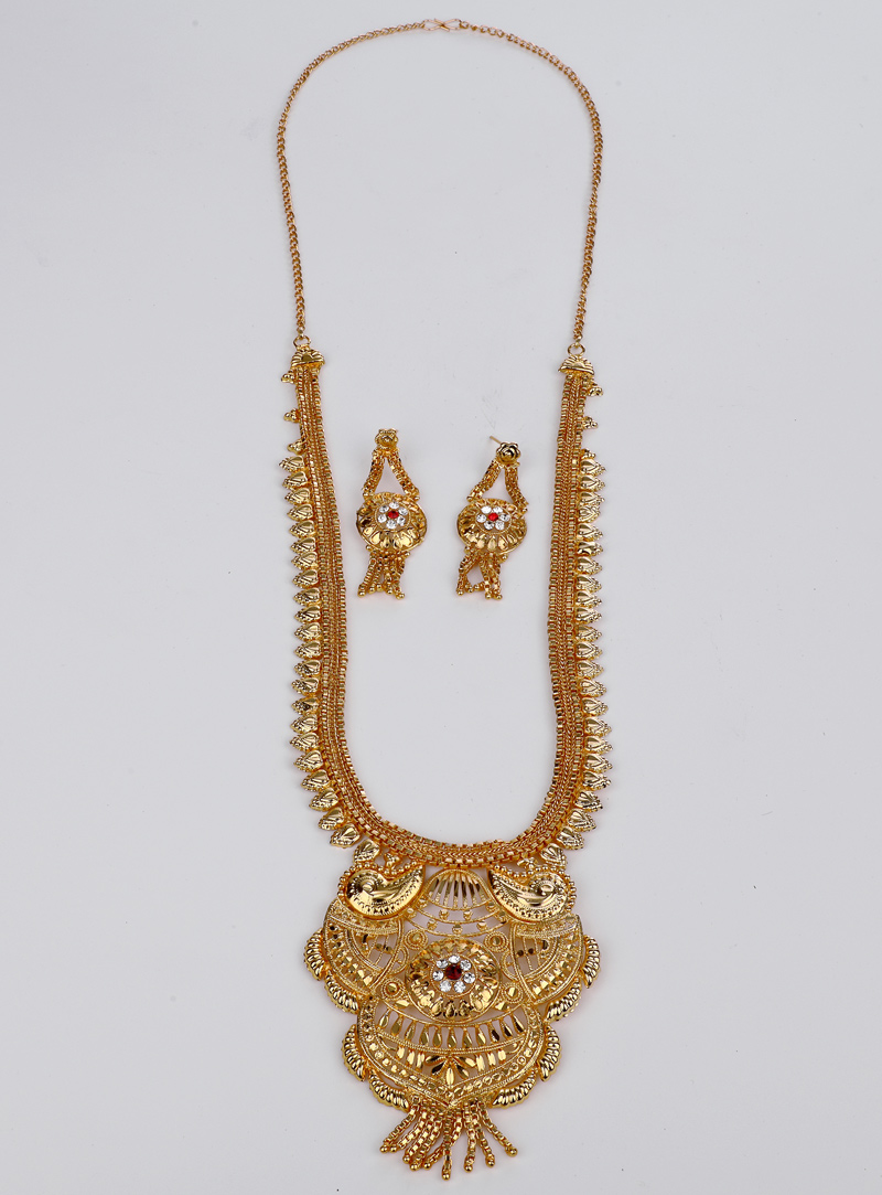 Golden Brass Necklace With Earrings 153177