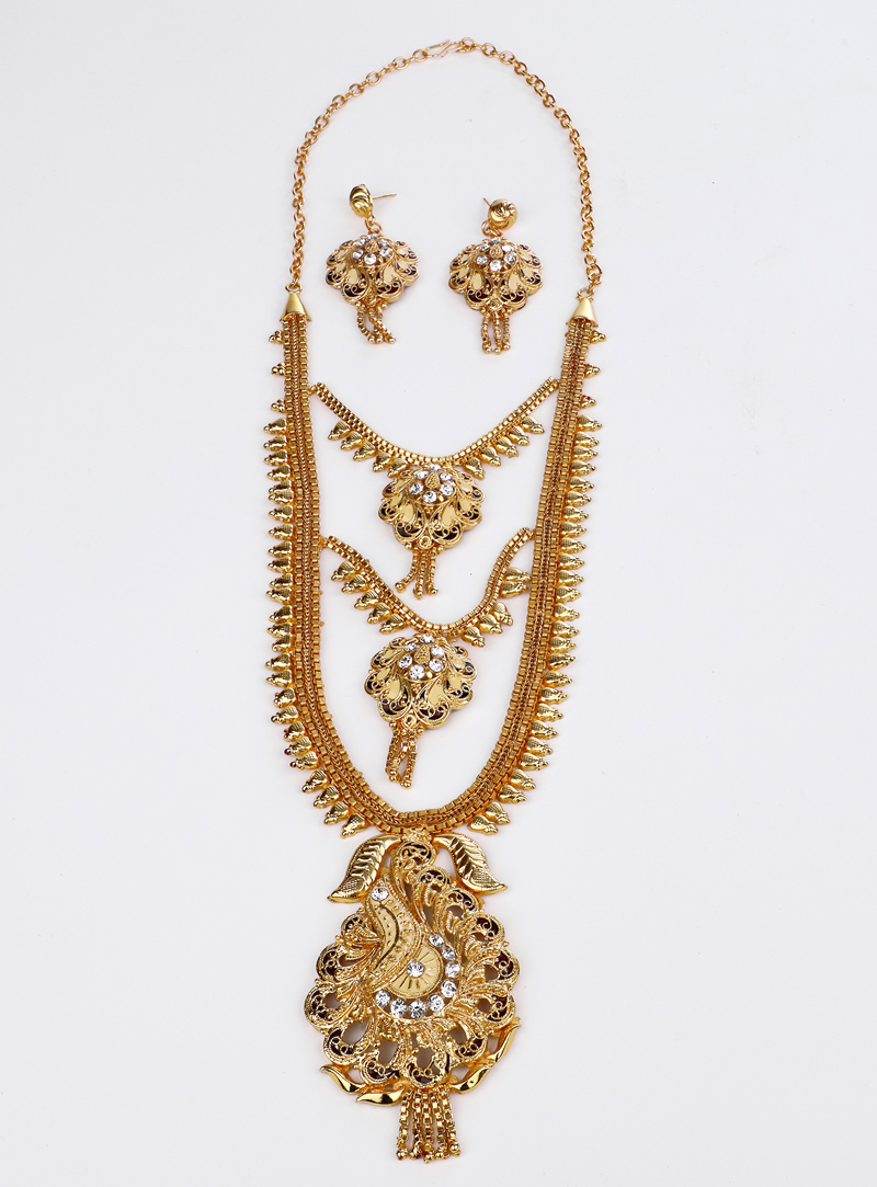 Golden Brass Necklace With Earrings 153180